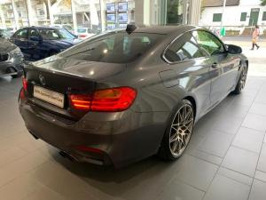 BMW M4 M4 coupe Competition auto - Image 5