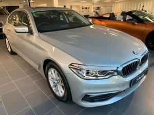 BMW 5 Series 520d - Image 2