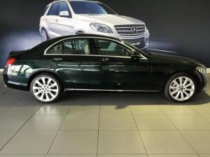 Mercedes-Benz C-Class C200 auto - Image 3
