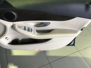 Mercedes-Benz C-Class C200 auto - Image 8