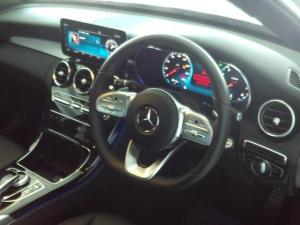 Mercedes-Benz C-Class C200 auto - Image 4