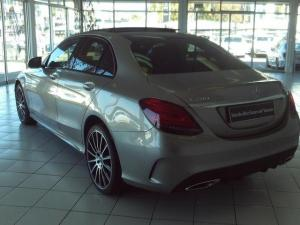 Mercedes-Benz C-Class C200 auto - Image 10