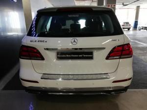 Mercedes-Benz GLE GLE250d - Image 5