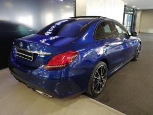 Mercedes-Benz C-Class C300 Avantgarde - Image 4