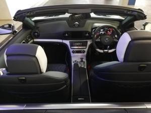 Mercedes-Benz SL SL63 AMG - Image 8
