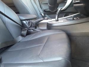 BMW 1 Series 116i 5-door auto - Image 11