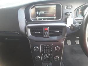 Volvo V40 D2 Excel - Image 18