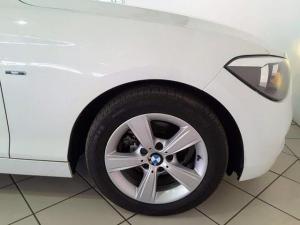 BMW 1 Series 116i 5-door Sport auto - Image 7