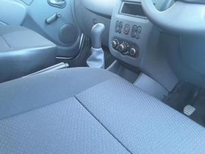 Nissan NP200 1.6i (aircon) - Image 15