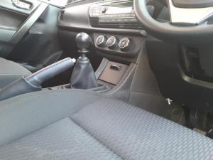 Toyota Corolla 1.6 Esteem - Image 18