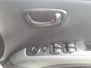 Hyundai i10 1.25 GLS - Image 11