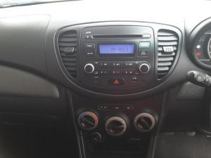 Hyundai i10 1.25 GLS - Image 17