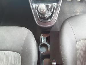 Hyundai i10 1.25 GLS - Image 18