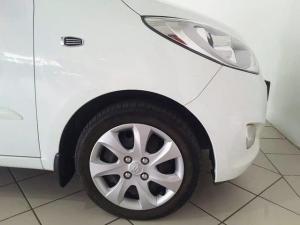 Hyundai i10 1.25 GLS - Image 6