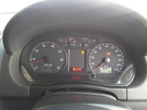 Volkswagen Polo Vivo sedan 1.4 Trendline auto - Image 16
