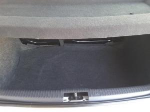 Volkswagen Polo Vivo 5-door 1.4 Trendline - Image 17