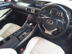 Lexus IS 350 E - Image 11