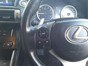 Lexus IS 350 E - Image 15