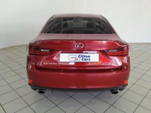 Lexus IS 350 E - Image 4
