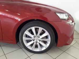 Lexus IS 350 E - Image 7