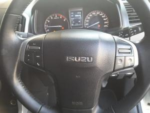 Isuzu KB 300D-Teq double cab LX - Image 15