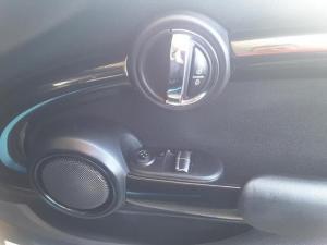 MINI Hatch Cooper Hatch 3-door - Image 10