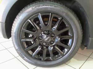 MINI Hatch Cooper Hatch 3-door - Image 6