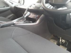 Ford Focus sedan 1.5T Trend auto - Image 19