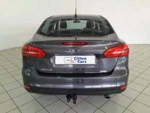 Ford Focus sedan 1.5T Trend auto - Image 4