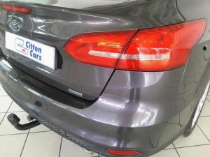 Ford Focus sedan 1.5T Trend auto - Image 5