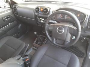 Isuzu KB 240 double cab LE - Image 12