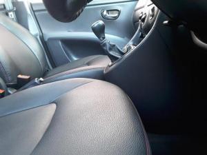 Hyundai i10 1.25 Glide - Image 13