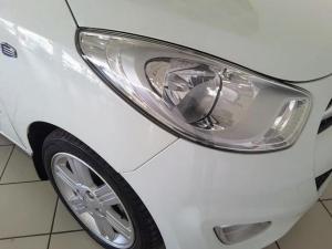 Hyundai i10 1.25 Glide - Image 8