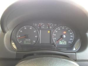 Volkswagen Polo Vivo hatch 1.6 Comfortline - Image 19