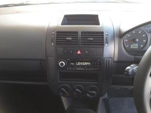 Volkswagen Polo Vivo hatch 1.6 Comfortline - Image 20