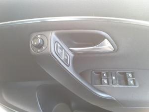 Volkswagen Polo hatch 1.2TSI Comfortline - Image 17
