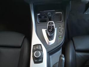 BMW 1 Series 125i 5-door M Sport auto - Image 17
