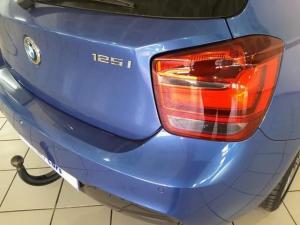 BMW 1 Series 125i 5-door M Sport auto - Image 5
