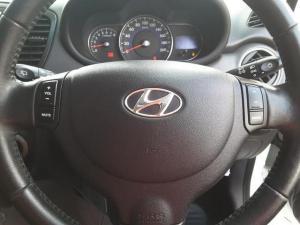 Hyundai i10 1.25 Glide - Image 14