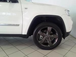 Jeep Grand Cherokee 3.6L Overland - Image 7