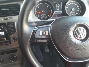 Volkswagen Golf 2.0TDI Comfortline - Image 18