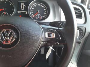 Volkswagen Golf 2.0TDI Comfortline - Image 19