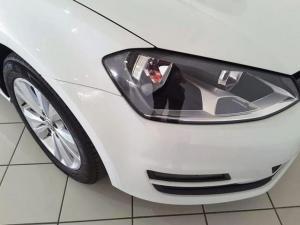 Volkswagen Golf 2.0TDI Comfortline - Image 8