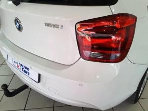 BMW 1 Series 125i 5-door auto - Image 5