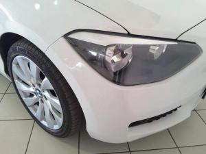 BMW 1 Series 125i 5-door auto - Image 8