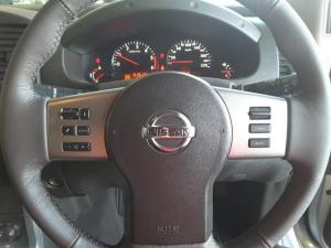 Nissan Navara 3.0dCi V6 double cab 4x4 LE - Image 10