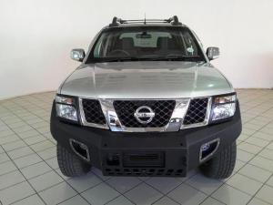 Nissan Navara 3.0dCi V6 double cab 4x4 LE - Image 2