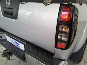 Nissan Navara 3.0dCi V6 double cab 4x4 LE - Image 5