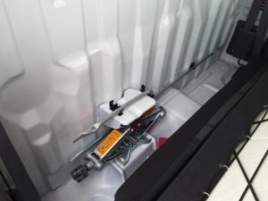 Nissan NP300 Hardbody 2.5TDi - Image 16