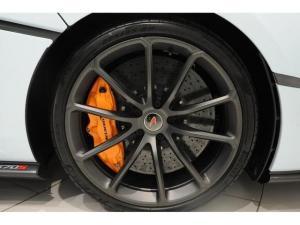 McLaren 570 coupe - Image 3